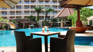 Nova Platinum hotel Stay near walking street