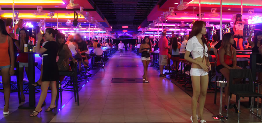 beer-bars-and-their-girls
